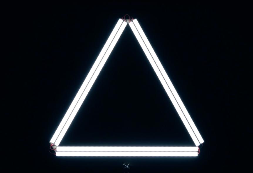 """DSLR Video Shooter – DIY Triangle """"Ring"""" LEDLight"""