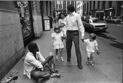 black-white-photographs-of-1980s-new-york-29