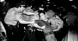 Pictures-of-Life-of-the-New-York-Police-Department-in-the-1970_0