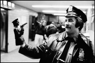 Pictures of Life of the New York Police Department in the 1970's (102)