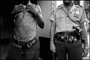 Pictures of Life of the New York Police Department in the 1970's (7)