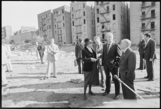 Secretary_of_H.U.D._Patricia_Harris,_Jimmy_Carter_and_New_York_Mayor_Abraham_Beame_tour_the_South_Bronx._-_NARA_-_176392