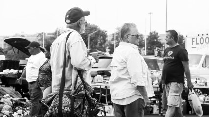 flea market people 3