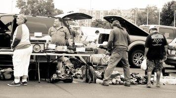 flea market people 4